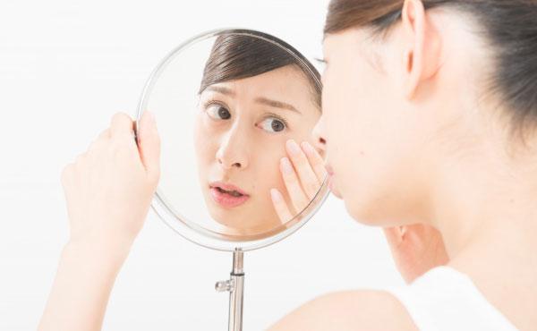 <span>アンチエイジング</span>瞳にもお肌にも気になるアンチエイジング商品をご紹介